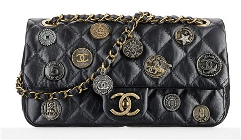 Check Out Chanel's Dubai-Themed Cruise 2015 Bags, in