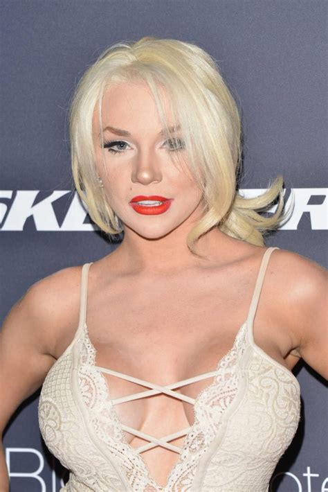 Courtney Stodden at the Star Magazine Hollywood Rocks in