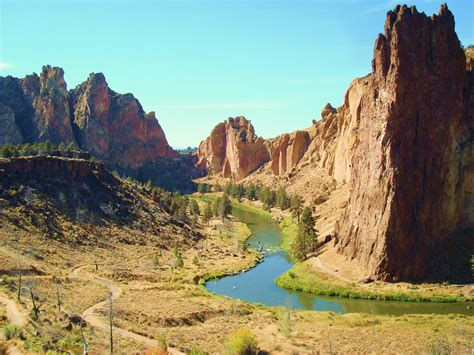 Smith Rock State Park Oregon | The John Wayne movie